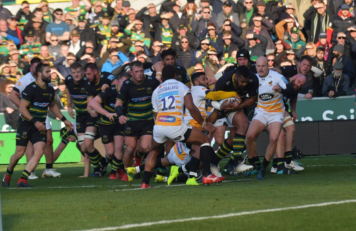Pictures: dramatic scenes as Saints see off Wasps